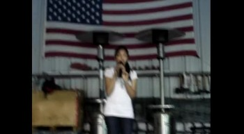 Sandy singing My Freedom