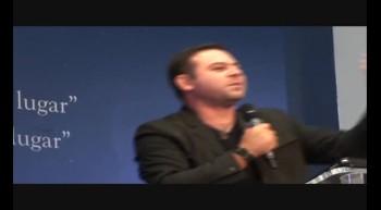 Pastor Clayton Araujo