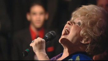 Brenda Lee - Just a Little Talk with Jesus (Live)