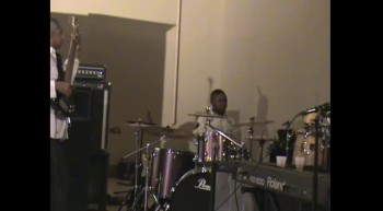 Awesome 11 year old drummer