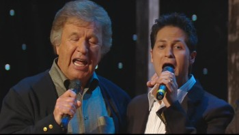Gaither Vocal Band - Jesus and John Wayne (Live)
