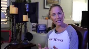 "Christian Yoga Daily Meditation with Brooke Boon Founder of Holy Yoga ""Inner & Outer Strength"""