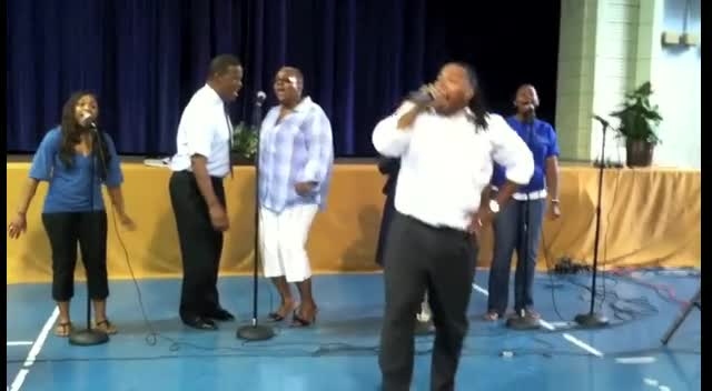 Tarelle Bailey - I'm In Love With Jesus