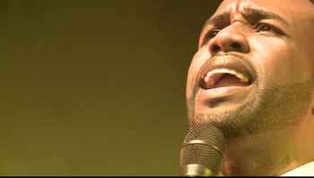 VaShawn Mitchell - Turning Around for Me (Live)
