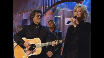 Connie Smith - Clinging to a Saving Hand (Live)