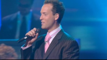 Ernie Haase and Signature Sound - Pray for Me [Live]
