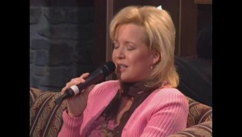 Sheri Easter and Ann Downing - I'd Rather Have Jesus [Live]