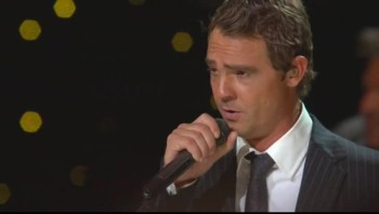 Ernie Haase Signature Sound - This Ole House / When the Saints Go Marching In (Medley) [Live]