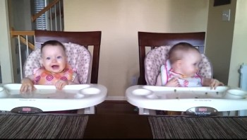 Adorable Baby Twins Dance to Daddy's Guitar