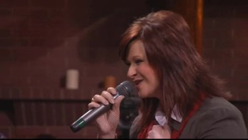 Charlotte Ritchie and Jeff Sheri Easter - In Everything Give Thanks [Live]