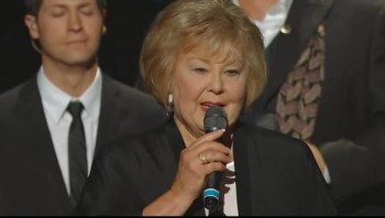 Gaither Vocal Band - There's Something About That Name [Live]