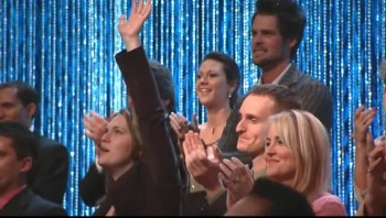 Reggie Smith, Charlotte Ritchie, Joy Gardner, Guy Penrod and David Phelps - When I Survey the Wondrous Cross [Live]