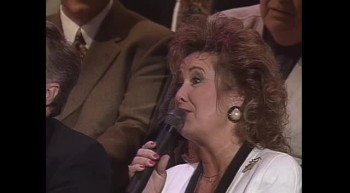Bill Gaither, Ann Downing, Vestal Goodman, Jeanne Johnson, Kelly Nelon Thompson, Debra Talley, Larry Ford, Lillie Knauls and Doug Oldham - Old Friends [Live]