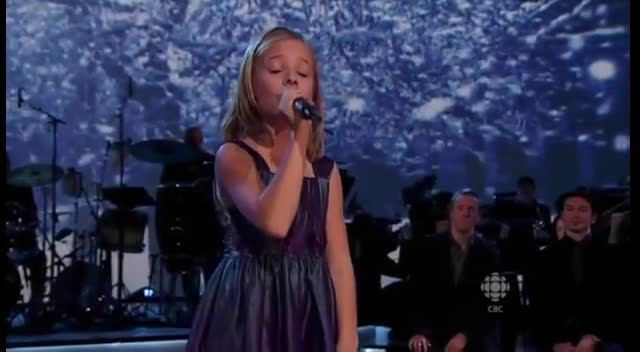 Jackie Evancho in a Stunning Christmas Performance of Silent Night