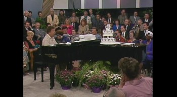Bill Gaither - The Family of God [Live]
