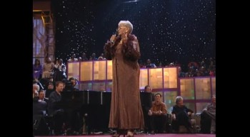 Mom Winans - I Must Tell Jesus [Live]