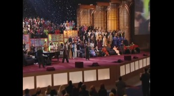 Alicia Williamson, Dorinda Clark-Cole and Lillie Knauls - I Thank You, Lord [Live]