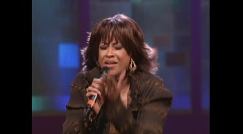 Dorinda Clark-Cole - Tis so Sweet [Live]