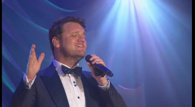 David Phelps - Ave Maria/ The Lord's Prayer Medley