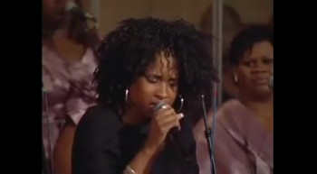 Jennifer Hudson Performs Wonderful Change