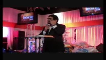 Joshua Carvalho. Igreja Resgate de Surfside