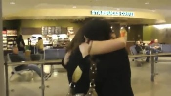 Emotional Reunion of 2 Sisters Who Meet for the FIRST TIME!