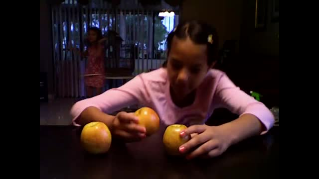 Minute to Win it Apple Stack