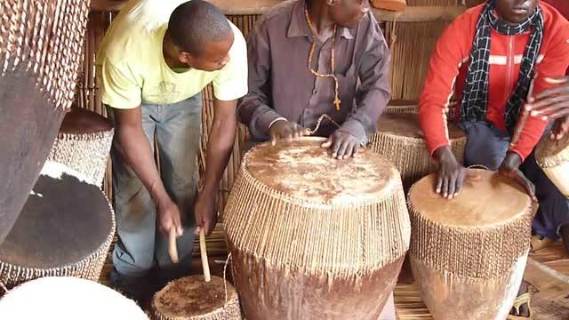 Uganda drum makers playing...