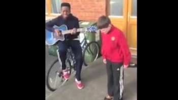 2 Irish Boys Were Caught Singing In The Streets - And Stunned Passerby's!