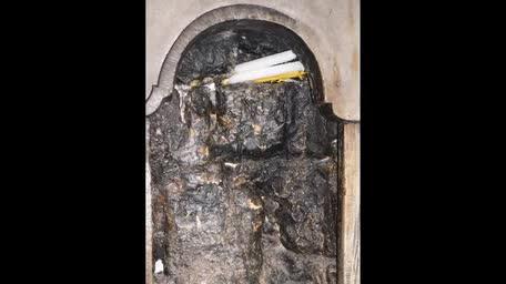 Das Heilige Licht -Das Wunder am Karsamstag im heiligen Grab-