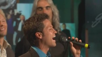 Bill & Gloria Gaither - There Is a River [Live]