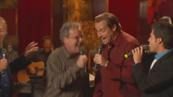 Bill & Gloria Gaither - Satisfied  [Live]