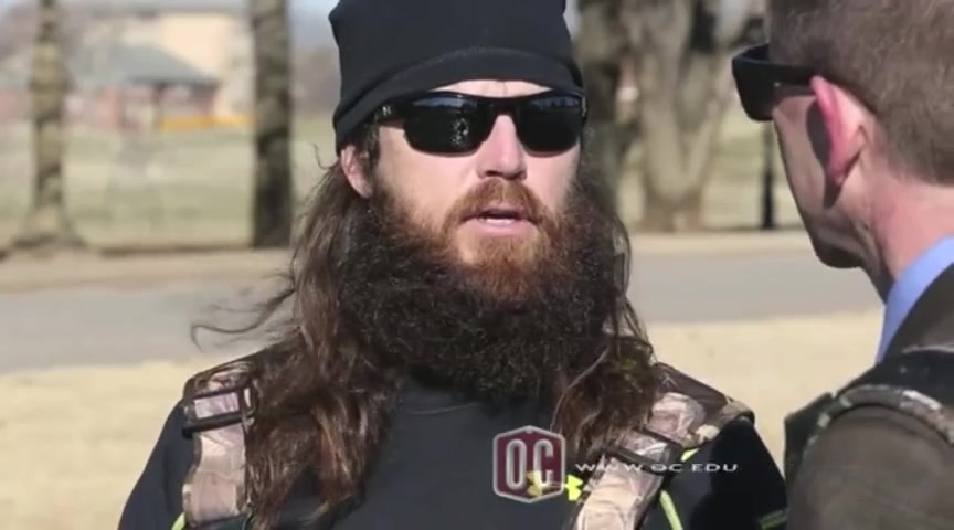 Duck Dynasty Star Jase Robertson Speaks Out On His Faith!