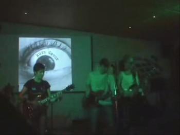 KUEZ DAVOR Live