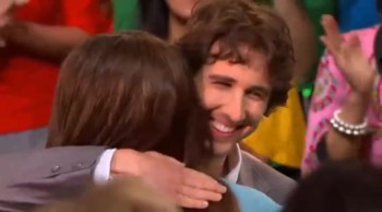 Josh Groban Serenades a Girl - Makes Her Dreams Come True!