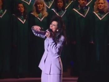 Candy Hemphill Christmas and the Christ Church Choir - Jesus Built This Church On Love