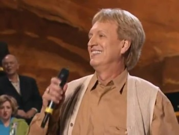 Bill  Gloria Gaither - So High (feat. Terry Blackwood) [Live]