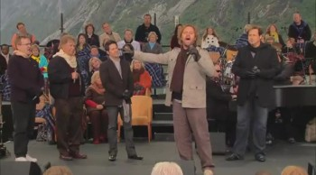 Bill & Gloria Gaither - These Are They (feat. Gaither Vocal Band) [Live]