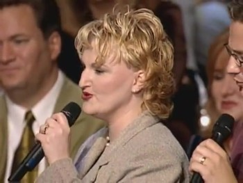 Bill & Gloria Gaither - Too Much to Gain to Lose [Live]