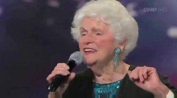 91 Year-Old Woman Delights Judges With Her Beautiful Singing
