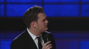 "Michael Bublé Gets a Fun Surprise While Performing ""Home"""
