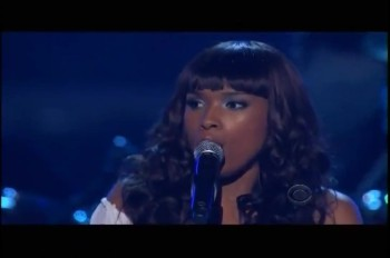 Jennifer Hudson Gives Powerful Performance of Believe