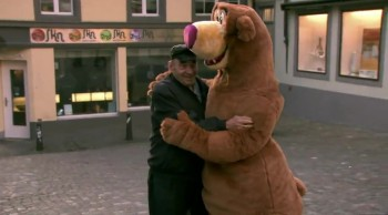 You Will Never Be the Same After Watching This Powerful Video About Hugs