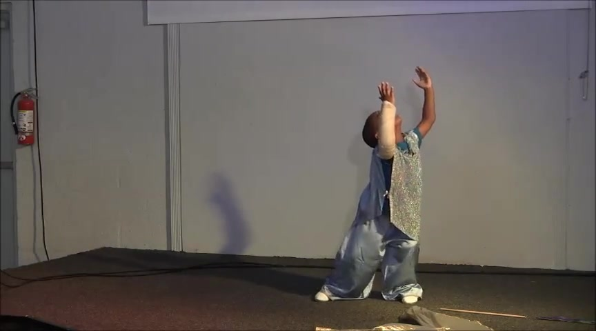 4 yr. old Davi Dances Mommy what does Jesus look like?