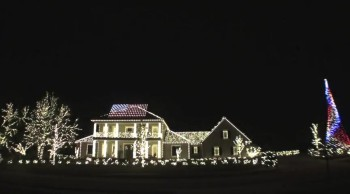 Patriotic Light Display Honors Our Fallen Soldiers - A Memorial Day Tribute!