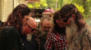Duck Commander Phil Robertson Prays for the OK Tornado Victims