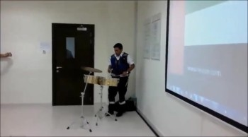 Drum solo by an Indian drummer.