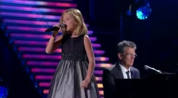 No One Sings Pie Jesu Better than Jackie Evancho!