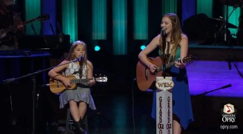 Darling Singing Sisters Lennon and Maisy Sing a Johnny Cash Classic!
