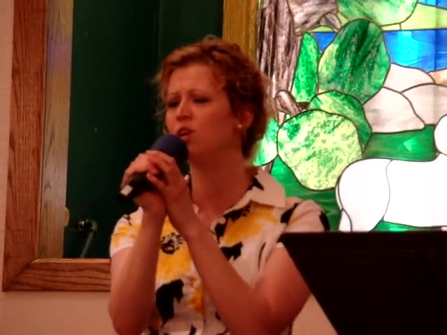 Sarah Elizabeth Curlin singing 'The Love of the Lord Endures'